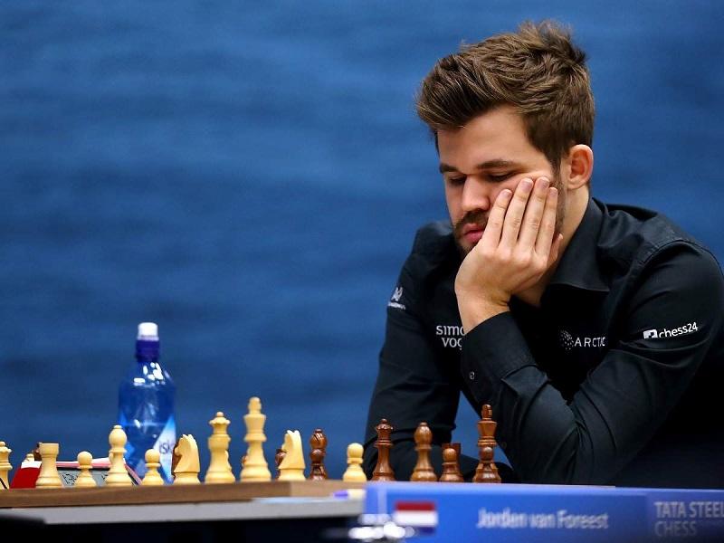 "Magnus Carlsen Ikutan Komentari ""The Queen's Gambit"""