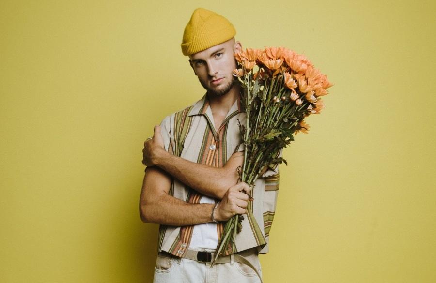 Gavin Haley Merilis Lagu Terkait Hubungan Asmara Baru