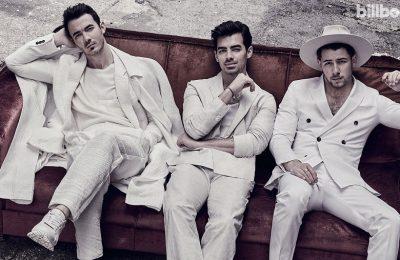 "Jonas Brothers Keluarkan ""Who's In Your Head"" yang Funky dan Ceria"